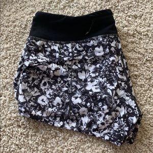Euc lululemon speed shorts size 8